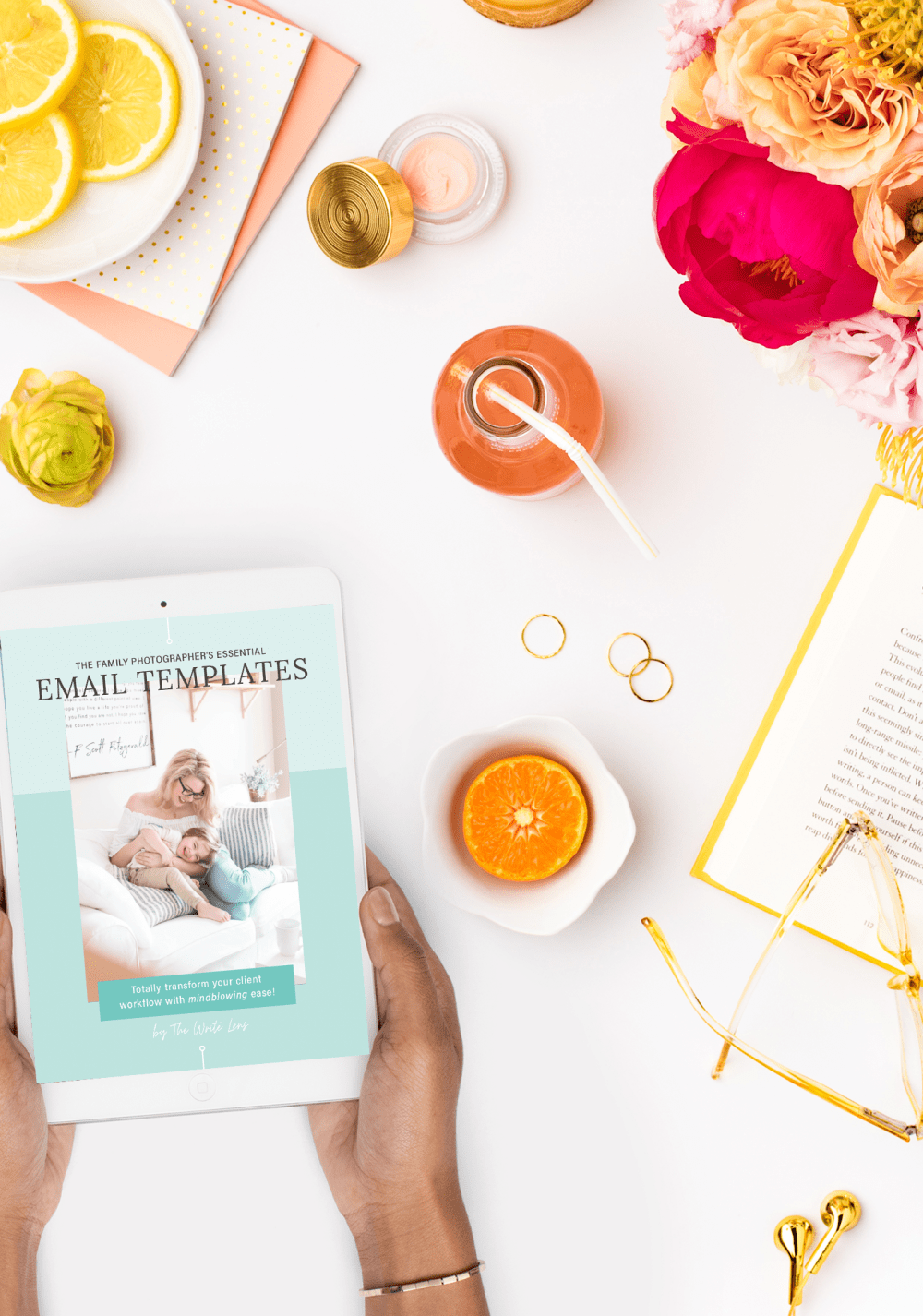 Mockup of the family photographer email template bundle